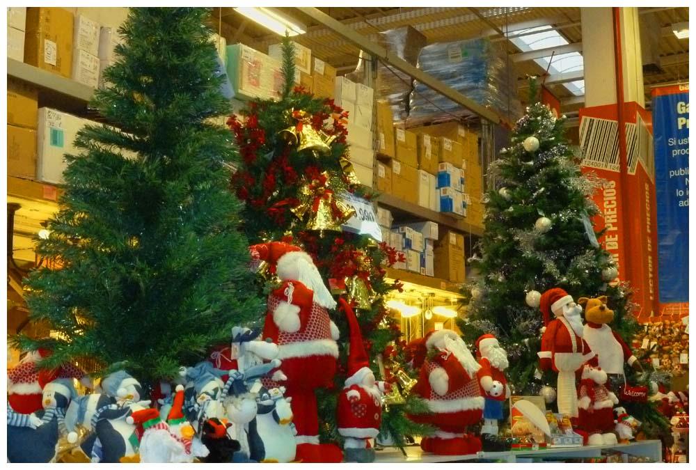 chilereise baumarkt in puerto montt vor weihnachten. Black Bedroom Furniture Sets. Home Design Ideas